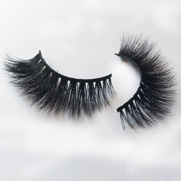 3D real mink false eyelashes with clear eyelash case China EA46
