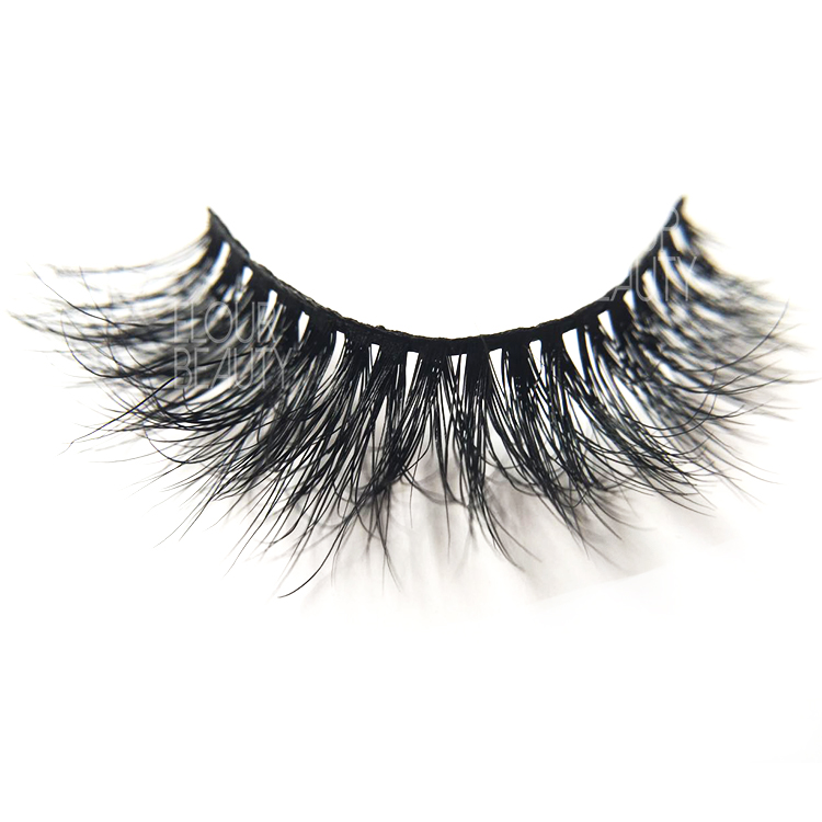 China manufacturer 3d lashes.jpg