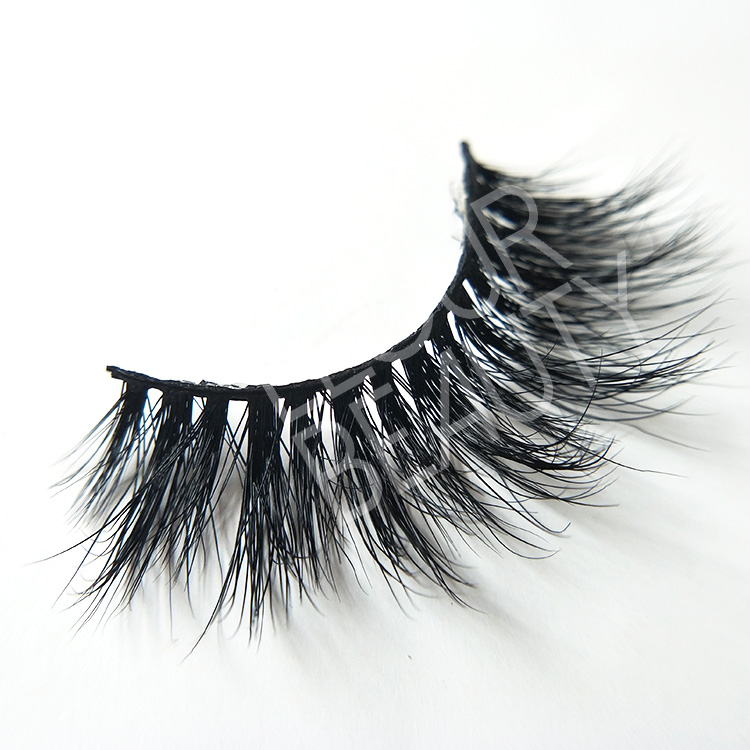 custom mink lashes factory.jpg