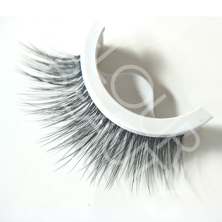 leader suppliers for self-adhesive 3d lashes.jpg