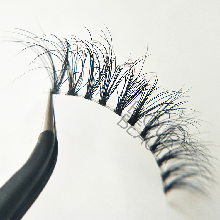 soft fluffy 3d mink naked lashes China.jpg