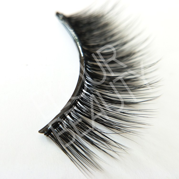 best reusable pre-glued eye lashes China.jpg