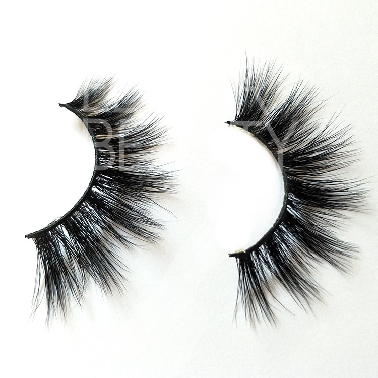 3d mink fur eyelashes wholesale.jpg