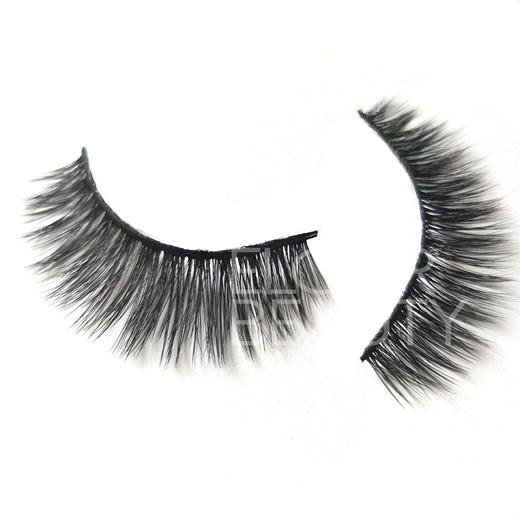 silk-lashes-wholesale-vendor.jpg